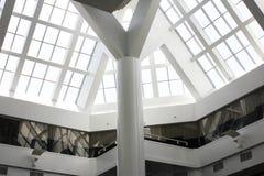 购物中心的内部 免版税图库摄影