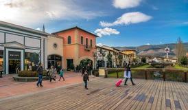 购物出口在巴尔贝里诺迪穆杰洛 免版税图库摄影
