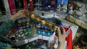 购物在超级市场圣诞节 股票录像