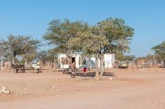 购物在Kamanjab和Palmwag之间的C40路 库存照片