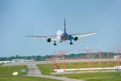 货物大量飞机 免版税图库摄影