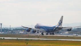货物飞机着陆 股票录像