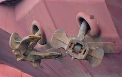 货物驳船的凉亭船锚 免版税库存照片