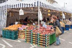 购物水果和蔬菜 图库摄影