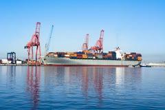 货物货轮 免版税图库摄影