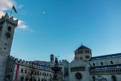 特伦托市中心广场中央寺院 图库摄影