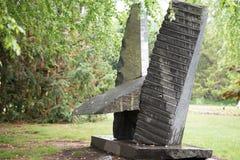 特伦顿, NJ - 2017年6月17日:在1992年建立由美国艺术家Seward约翰逊,雕塑的地面室外 免版税库存照片