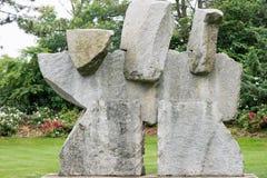 特伦顿, NJ - 2017年6月17日:在1992年建立由美国艺术家Seward约翰逊,雕塑的地面室外 图库摄影