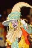 特内里费岛, 2月10日:字符和小组在狂欢节 图库摄影