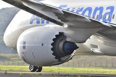 特内里费岛10月07日:飞行离开 2017年10月07日,特内里费岛加那利群岛西班牙 免版税库存图片