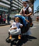 特内里费岛的当地居民庆祝加那利群岛,特内里费岛,西班牙的天 免版税库存照片