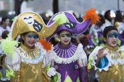 特内里费岛, 2月28日:字符和小组在狂欢节 库存图片
