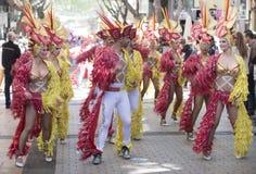 特内里费岛, 3月05日:字符和小组在狂欢节 库存图片