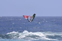 特内里费岛8月11日:冲浪的PWA, 2017年8月11日特内里费岛 库存照片