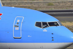 特内里费岛7月17日:对土地的飞机 2017年7月17日,特内里费岛金丝雀 图库摄影