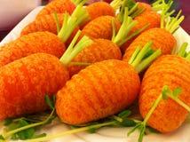 `特写镜头与在红萝卜形状的猪肉`粤式点心混合了吹 库存照片