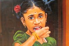 特写镜头图象的绘在墙壁上在金奈,印度 免版税库存照片
