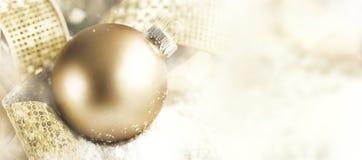 特写镜头圣诞节球装饰 库存照片