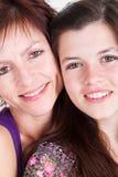 特写镜头女儿母亲 免版税库存图片