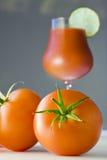 特写镜头新鲜的汁液蕃茄蕃茄 库存照片
