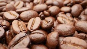 特写镜头,光滑的移动的烤咖啡豆 影视素材