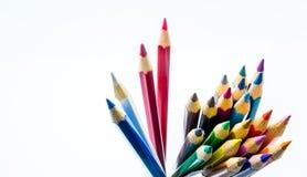 特写镜头在背景的颜色铅笔 免版税库存图片