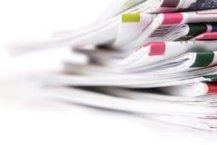 特写镜头堆报纸 库存图片