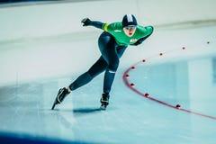 特写镜头妇女速度溜冰者 免版税库存图片