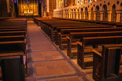 巴黎特写镜头照片的古老教会 免版税库存图片