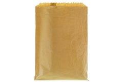 特写镜头皱的稀薄的棕色杂货纸袋,空白前面和 免版税库存照片