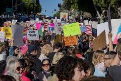 特别妇女3月事件和抗议者在洛杉矶附近 库存照片