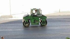 特别机械沥青路辗 涂柏油摊铺机,路修理车 股票录像