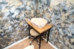 特别浴缸在按摩屋子里在一家五星旅馆的温泉中心在Kranevo,保加利亚 库存照片