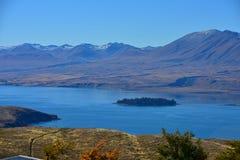 特卡波湖鸟瞰图从登上约翰观测所的在坎特伯雷 图库摄影