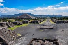 特奥蒂瓦坎废墟,阿兹台克废墟,墨西哥看法  免版税库存图片