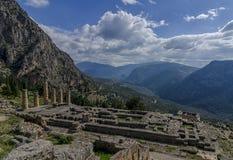 特尔斐,福基斯州/希腊:古希腊神阿波罗的寺庙在特尔斐 库存照片