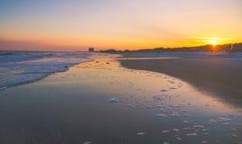 默特尔海滩日落 免版税库存图片
