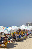 在海滩的夏天在特拉唯夫以色列 免版税库存图片