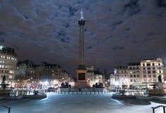 特拉法加广场伦敦在夜之前 库存图片