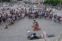 特拉法加广场,伦敦,英国- 2017年7月21日:街道执行者 库存图片