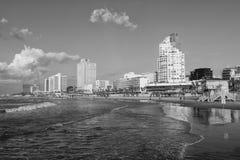 特拉维夫,以色列- 2016年12月26日:特拉唯夫江边:海滩 免版税库存照片