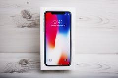 特拉维夫,以色列- 2017年11月23日:Iphone x巧妙的电话 最新苹果计算机Iphone 10手机 免版税库存图片