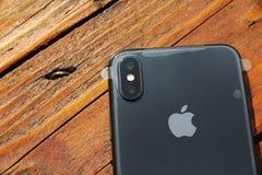 特拉维夫,以色列- 2017年11月23日:Iphone x巧妙的电话 最新苹果计算机Iphone 10手机 免版税图库摄影