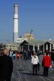 从特拉维夫港口的读的动力火车景色 免版税库存照片