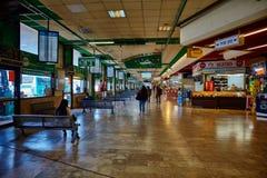 特拉维夫- 20 04 2017年:中央汽车站等候室, Tel Avi 免版税库存照片