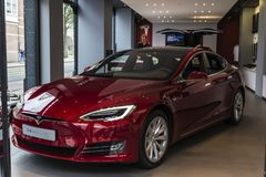 特斯拉品牌的电车模型S 免版税库存照片