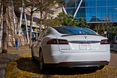 特斯拉模型S电子汽车 免版税库存图片