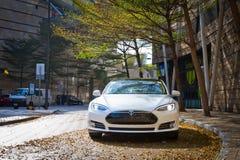 特斯拉模型S电子汽车 免版税图库摄影