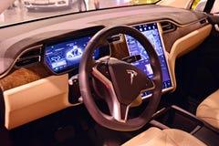 特斯拉模型x 90D汽车内部  免版税库存照片