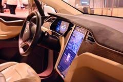 特斯拉模型x 90D汽车内部  库存图片